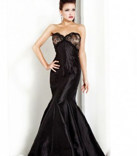 elegant-long-black-evening-dresses-where-to-find