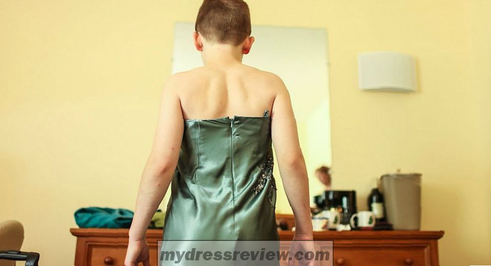 Boy Dressed A Girl And 18 Best Images